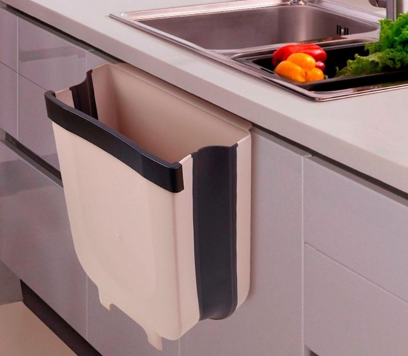 Buy Kitchen Hanging Trash Cabinet at Low Price in Doha - Free Delivery to Doha Qatar - Hanging Kitchen Trash Can, Collapsible Mini Garbage Bin for Cabinet/Car/Bedroom/Bathroom